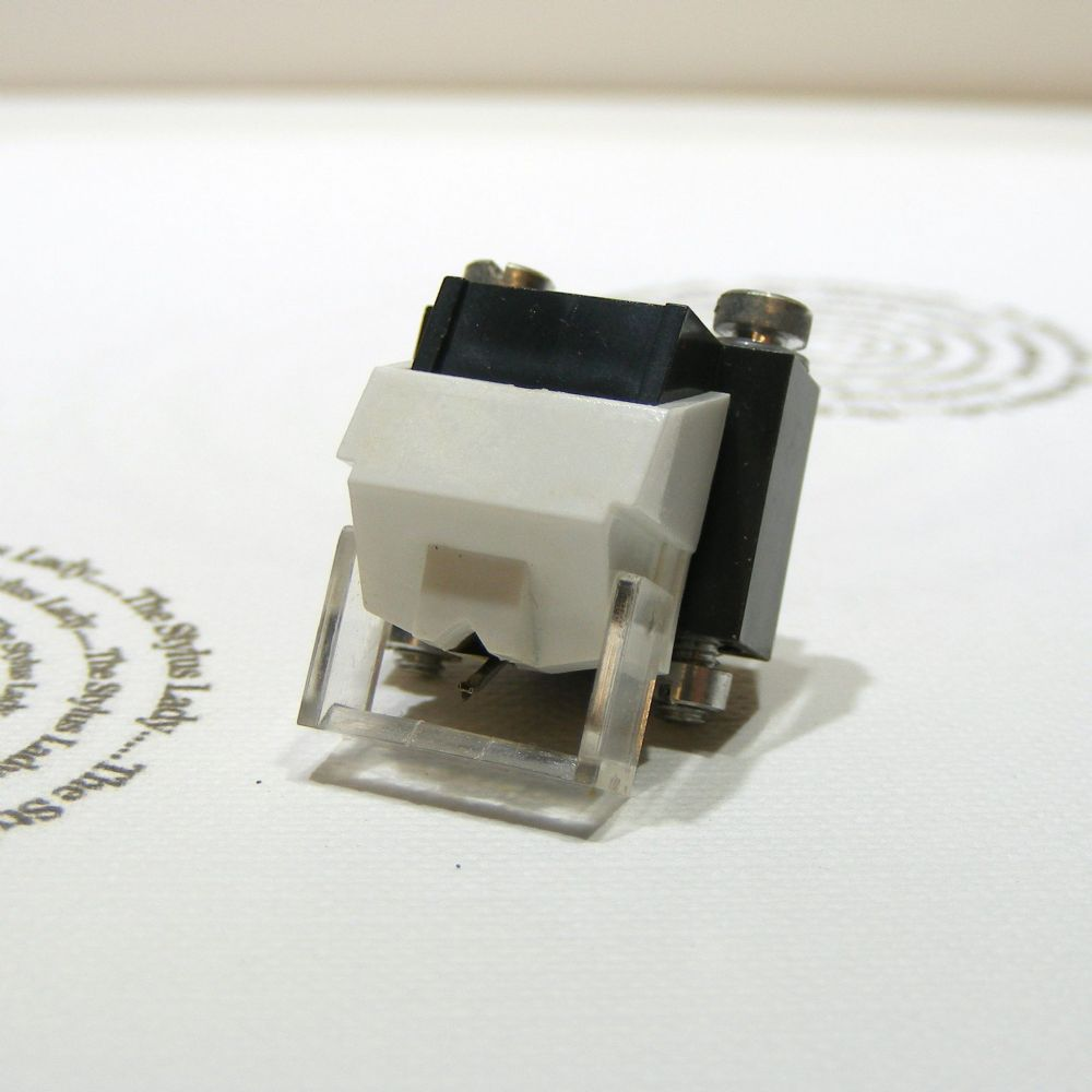 New Turntable  Cartridge with Stylus DS-ST15